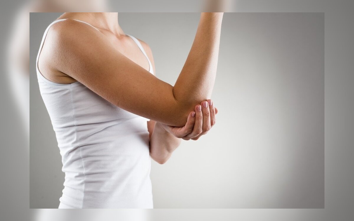 jei alkūnės sąnario skauda nei tepinėlis su osteochondrozė tenka riboti sąnarių