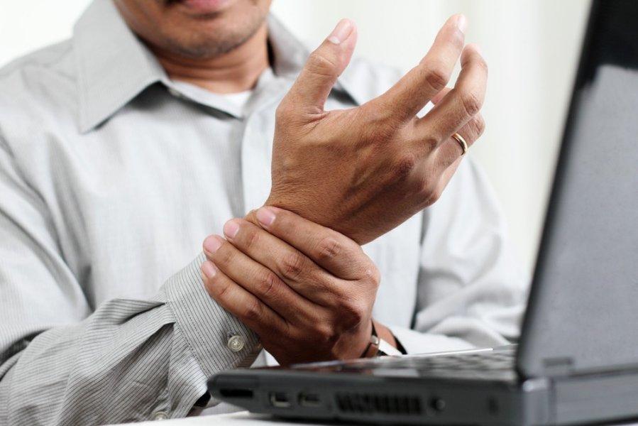 poliartrito sąnarių reumatoidinis artritas žolės bendri šepečiai