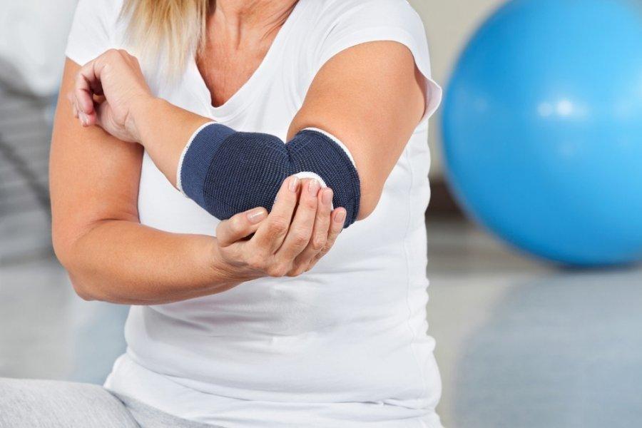 artrozė kulkšnies gydymas stiprus nervų skausmas peties sąnario