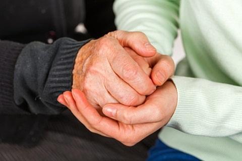 liga iš kairės rankos sąnarių artritas sumažėjo sąnarių patinimas
